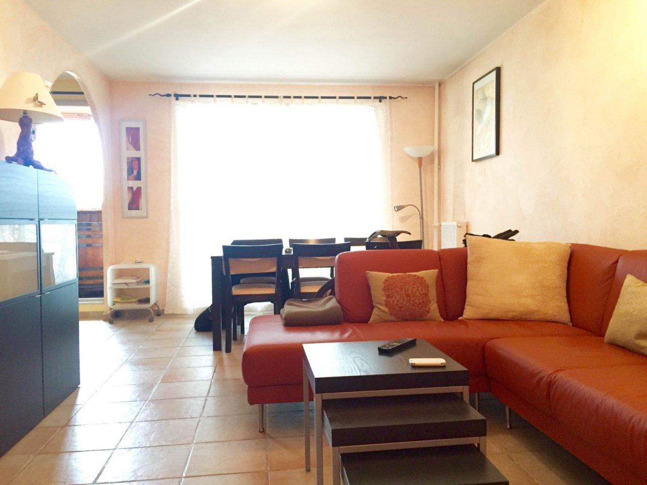 annonce vente appartement vitrolles 13127 70 m 158. Black Bedroom Furniture Sets. Home Design Ideas