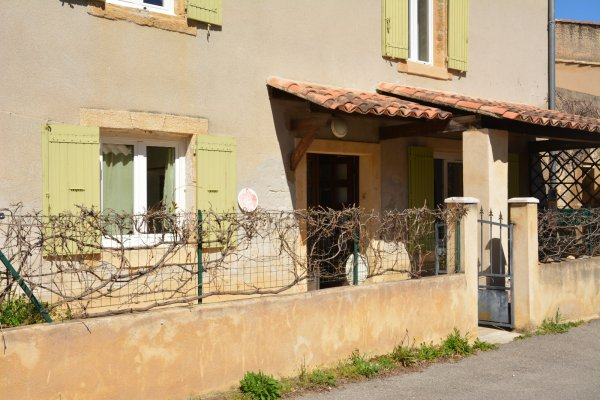 Location maison/villa 3 pièces uchaux 84100